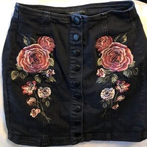 Black short jean skirt